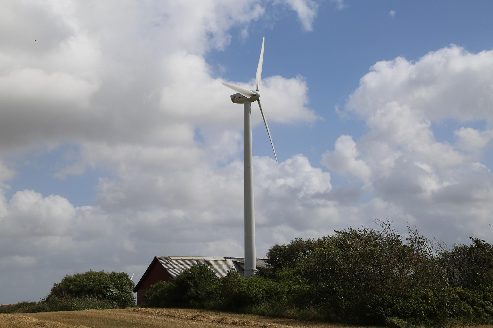 Solid Wind Swp 25 25 00 Kw Wind Turbine
