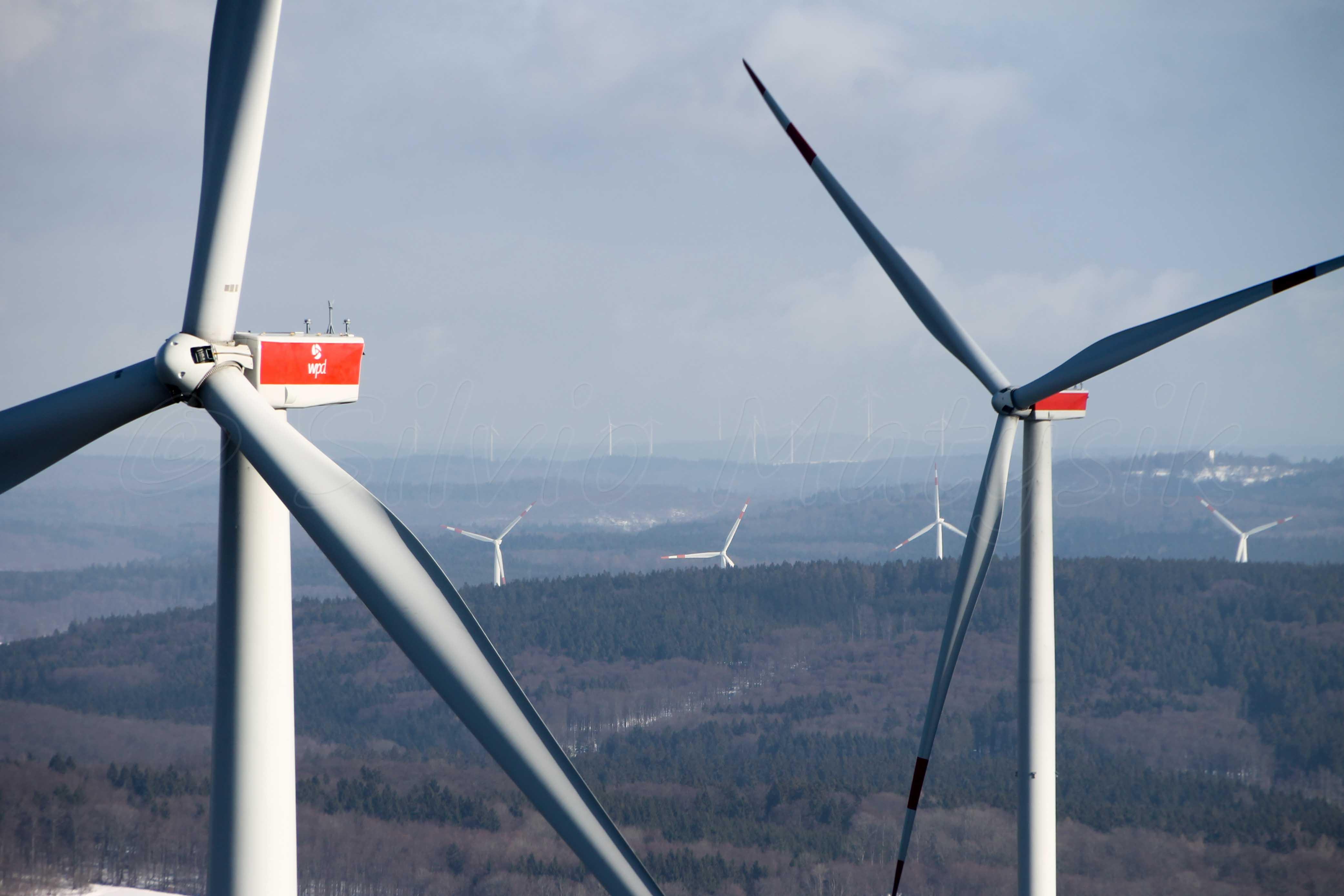 General Electric GE 2.75 - 120 - 2,75 MW - Wind turbine