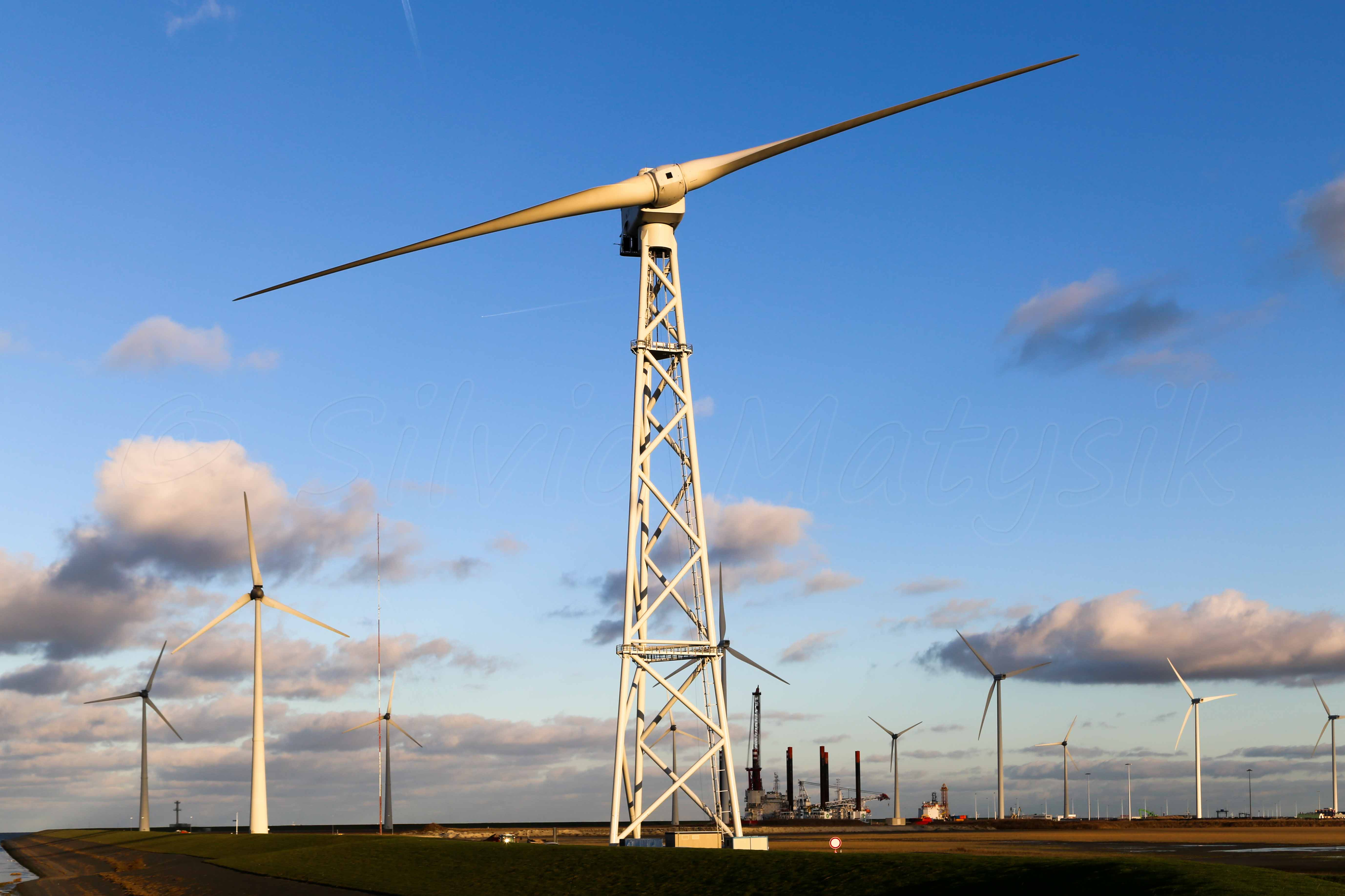 2 B Energy 2B6 6 00 MW Wind turbine